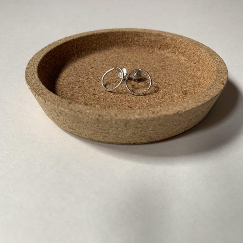 subtiele hoops oorbellen
